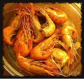 """food for thought"", my food blog. This is a picture of ""swimming shrimps"", one of the favorites of my readers!"